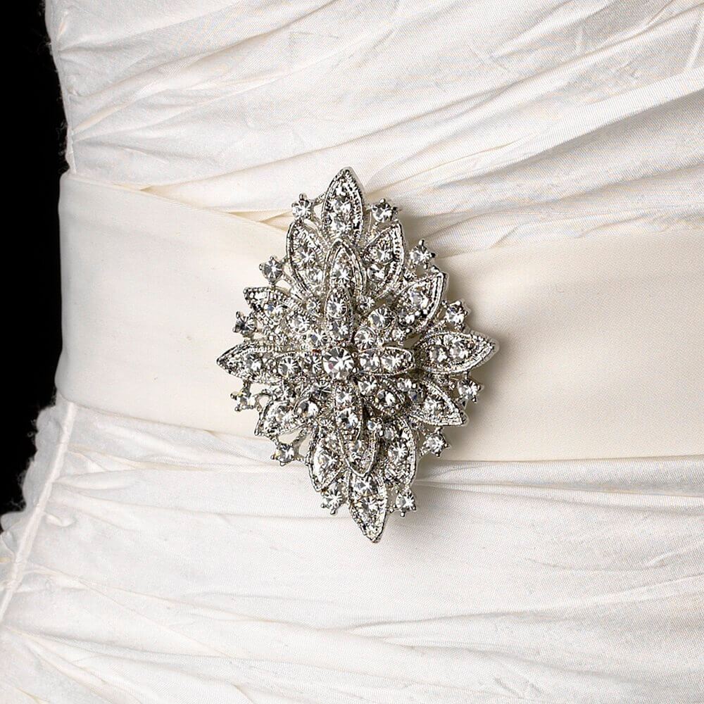 5 Ways To Wear Brooches In Weddings