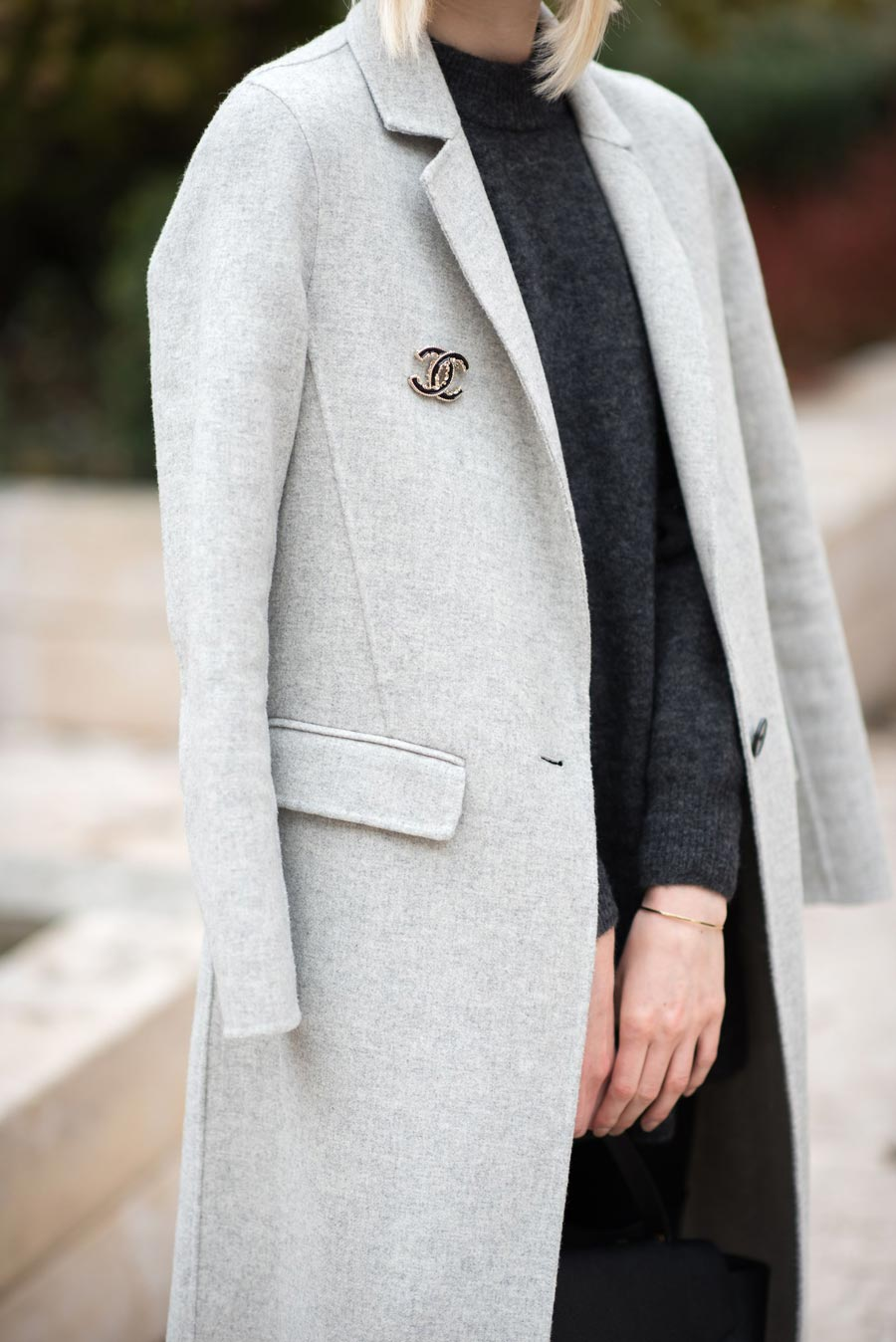 How To Wear A Brooch This Fall 2020