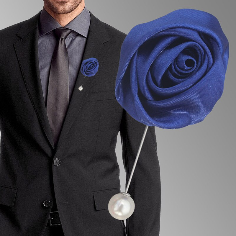 The meaning of flowers brooches of the groom on wedding day
