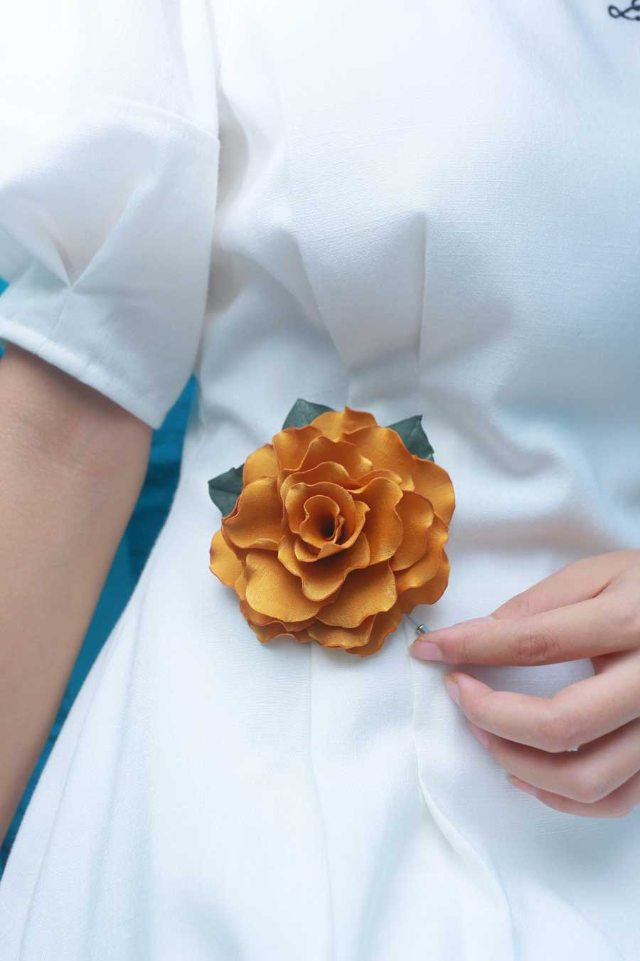 Good Tips When Using Flower Brooches