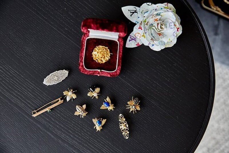 Brooches The Spectacular Return Of the Classic Accessory